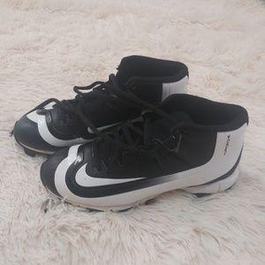 Nike huarache 🏈 football cleats 2.5Y